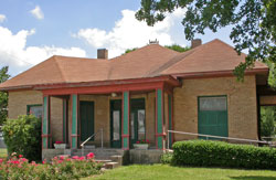 The Hopkins County Museum - front view.